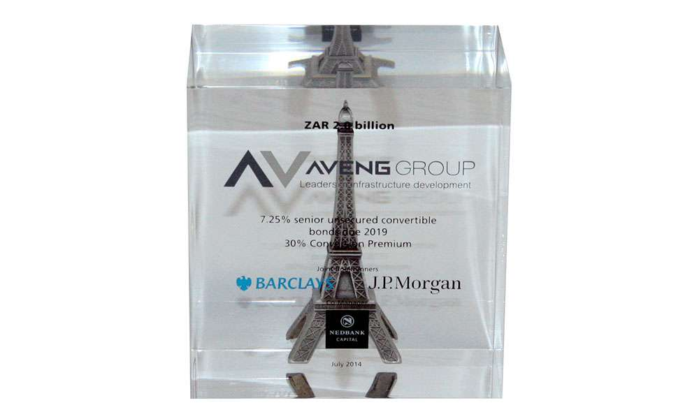 Lucite with Eifel Tower Pewter