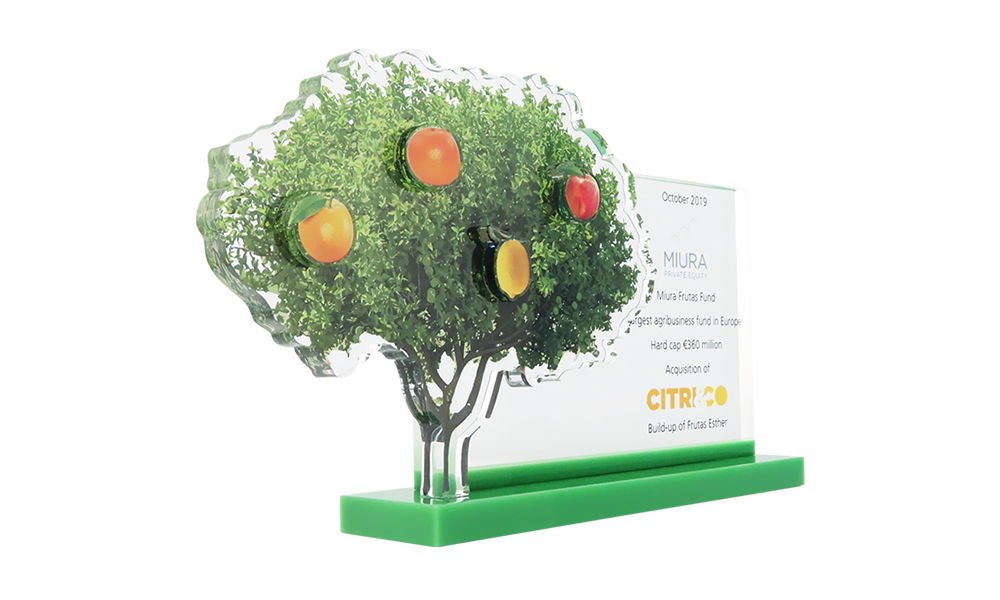 Tree-Themed Fund Closing Deal Toy